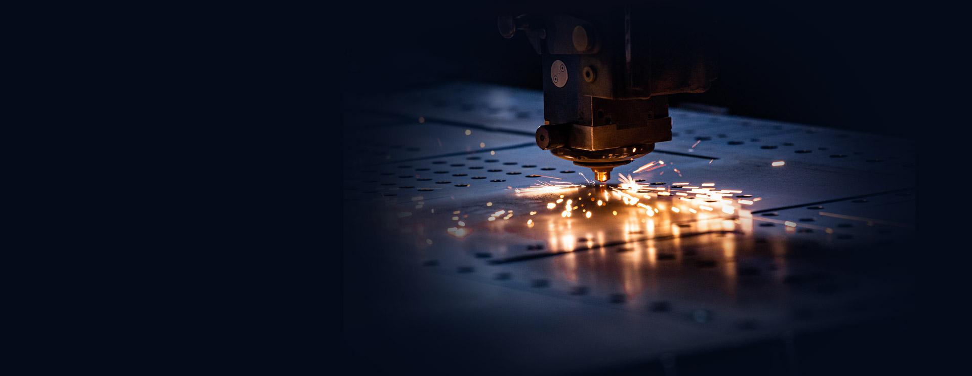 AST - przecyzyjne cięcie laserem